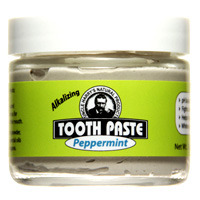 Peppermint Toothpaste, 3 oz /85g (Uncle Harry's)
